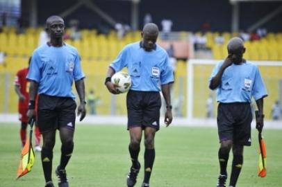 Premier League: Match Officials for mid week games