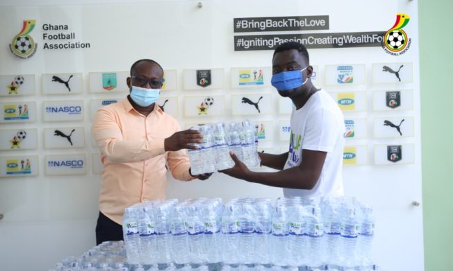 Akoa Beverages donates to GFA