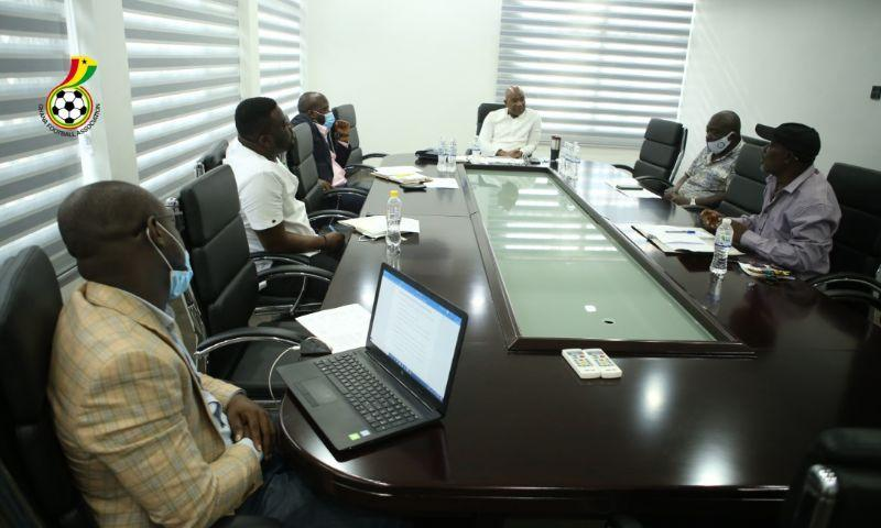 Advisory Committee on 18-club Division One League holds first meeting