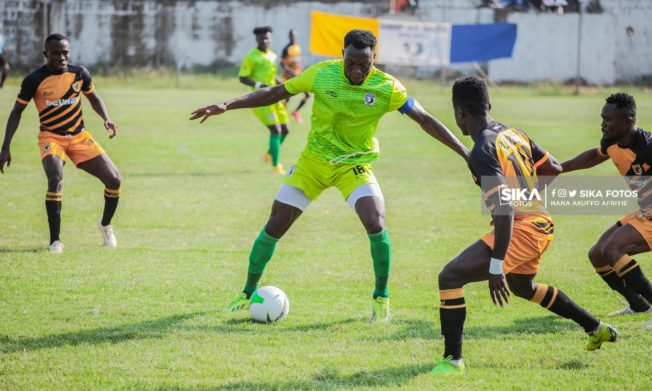 Bechem United beat AshantiGold to go top of League table