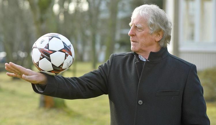 Erich Rutemoller, Bernard Lippert lead refresher course for male national team coaches