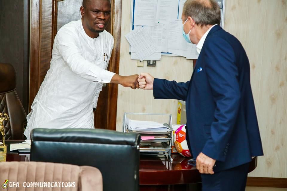 Milovan Rajevac meets Mustapha Ussif in Accra